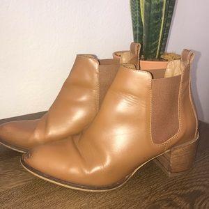 Everlane- The Heel Boot